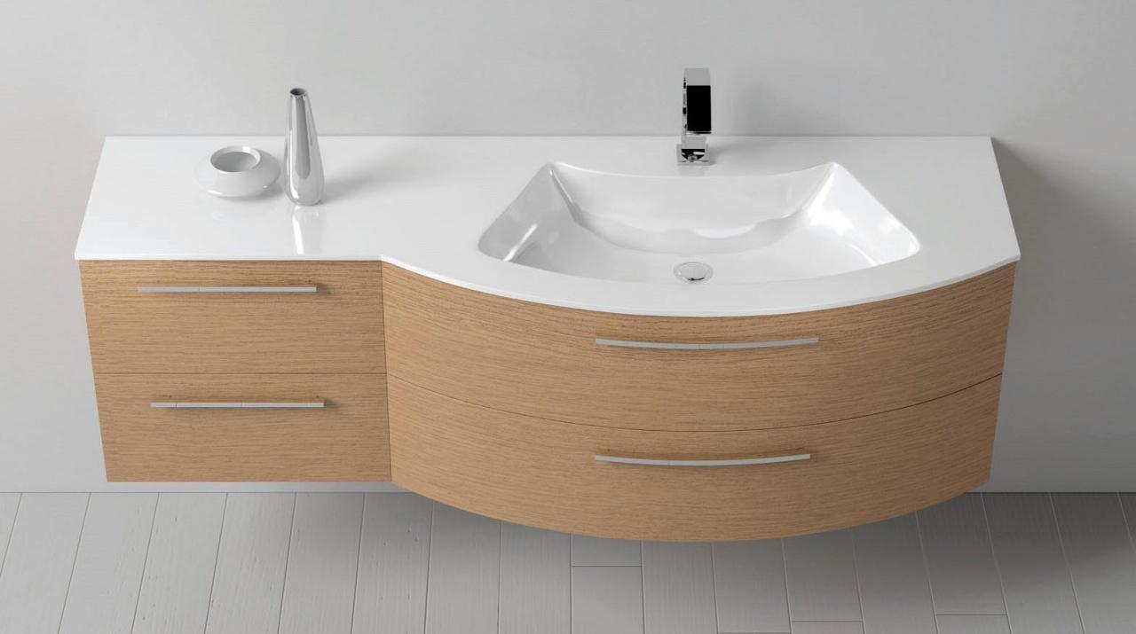 Gerundetes Möbel und Waschplatz mit asymmetrisch angeordnetem Waschbecken
